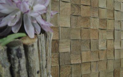 Mosaico de Madeira e Pastilhas